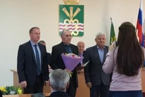 Евгений Матвеев официально удостоен звания Почетный гражданин Каменского района