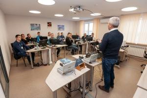 Все под контролем: на базе СинТЗ в Каменске-Уральском проходят обучение трубники со всей страны