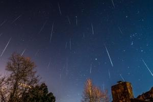 В наступающие выходные жители Каменска-Уральского смогут увидеть наиболее эффектную часть метеоритного потока Леониды
